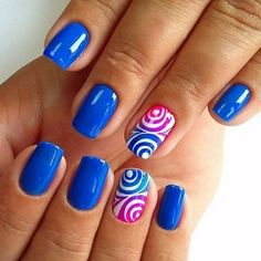 The Multi- Round Blue Nail Art Design. Blue color can go with any other color amazingly. If you want an example, check the picture above. Manicure Gel, Shellac Nails, My Nails, Nail Polish, Gel Nail, Stiletto Nails, Acrylic Nails, Coffin Nails, Nail Glue