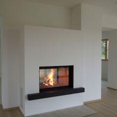Moderner Durchsichtkamin Durchsichtkamit Tunnelkamin Weiß Schwarz Wärme Holz Kamin Ofen Ofenkunst Fireplace Brunner Heizeinsatz Riederinger