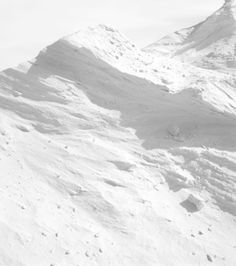 sand or snow Immaculée Conception, Pure White, Black And White, Snow And Ice, Shades Of White, White Aesthetic, Wonders Of The World, Mother Nature, Snow White