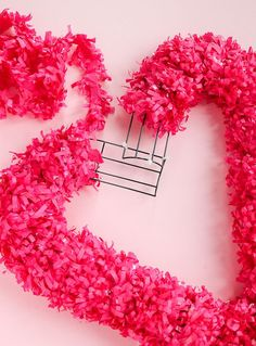 10 Minutes or Less: DIY Heart Wreath - The Crafted Life - The little thins - Event planning, Personal celebration, Hosting occasions Valentine Day Wreaths, Valentines Day Decorations, Valentine Day Crafts, Vintage Valentines, Valentine Heart, Valentine Ideas, Printable Valentine, Valentine Stuff, Valentine's Day Quotes