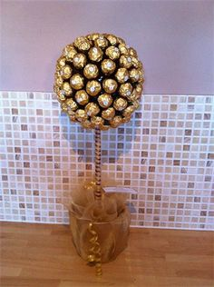 fi Ferrero Rocher Tree, Sconces, Wall Lights, Trees, Lighting, Home Decor, Chandeliers, Appliques, Decoration Home