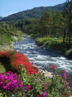 #Panama #Fluss Foto: weltweiser-Team Panama, River, Outdoor, Travel Inspiration, World, Outdoors, Panama Hat, Rivers, Outdoor Games