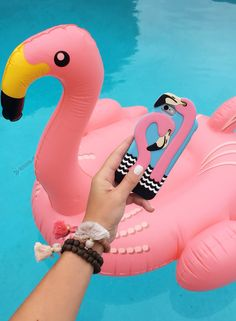 Flamingos x 2! Love this agent18 iPhone case for summer.
