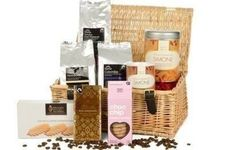 The Luxury Coffee Hamper is perfect for anyone who loves a mug of coffee and a sweet treat! What's more the tins are personalised so everyone knows who it belongs to! #Chocolate #Coffee #PersonalisedGifts  £69.99