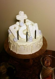 Pretty Cake Machine | Recipe/Tutorial: A creepy Halloween cake inspired by 2NE1's 아파 (IT HURTS) music video!