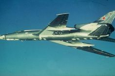 Aviones Caza y de Ataque: Tu-22 Blinder              Armas de fuego: 1 × R-23 de 23 mm de cañón en la cola de la torreta Bombas: 9,000 kg (20,000 libras) o Misiles: 1 × Kh-22 (AS-4 Cocina ) misil de crucero