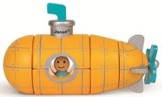 Magnetic Kit - Submarine and thousands more of the very best toys at Fat Brain Toys. Five beautifully painted wooden blocks build into a submarine with a magnetic snap to strengthen fine motor skills and inspire the imagination. Toddler Toys, Baby Toys, Toys For Boys, Kids Toys, Kit, Yellow Submarine, Puzzles For Kids, Designers Guild, Wood Toys