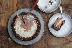 How to Make a No-Churn Ice Cream Cake on Food52