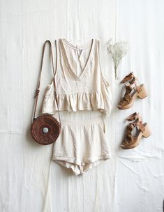Sets: a summer wardrobe essential style ⚡ vestiti caldi, ves Fashion Mode, Fashion Killa, Boho Fashion, Style Fashion, Steampunk Fashion, 80s Fashion, Gothic Fashion, Unique Fashion, Hijab Fashion