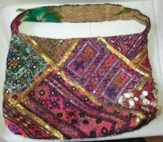 FOR SALE! Sarah s Bag Purse Shoulder Bag Beaded Sequence Sea Shells Multi  Colored Beydoun   e4d18bf3f9c7c