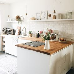 Nice kitchen with open shelves. Complete your kitchen with the VIGO Gra … - White Kitchen Remodel Home Decor Kitchen, Beautiful Kitchens, Kitchen Remodel, Kitchen Decor, Interior Design Kitchen, New Kitchen, Kitchen Dining Room, Home Kitchens, Kitchen Design