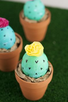Glitter in My Tea: 5 Ways Adorable Ways to Decorate Easter Eggs