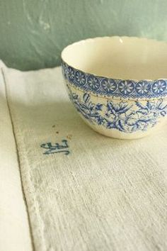 Blue bol and antic linen