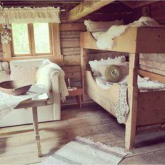 Decoration, Cottages, Mittens, Loft, Bed, Instagram Posts, Furniture, Home Decor, Decor