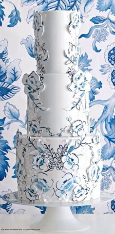 delft chinoiserie hand-painted wedding cake