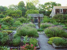 Outstanding American Gardens: A Celebration - Private Newport