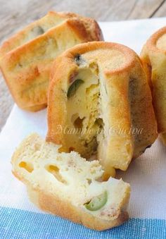 Pandorini salati con tonno e olive ricetta veloce mamme in cucina Appetizer Buffet, Appetizer Recipes, Quiches, Cooking Time, Cooking Recipes, My Favorite Food, Favorite Recipes, Confort Food, Good Food