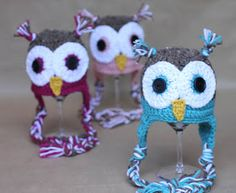 Repeat Crafter Me: Crochet Owl Hat Pattern (FREE) I love this pattern. Easy to follow and you can make them for Newborn to Adult. I love the ones I have made. <3