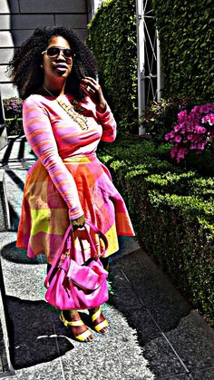 In My Joi: In the Pink, Neon that is
