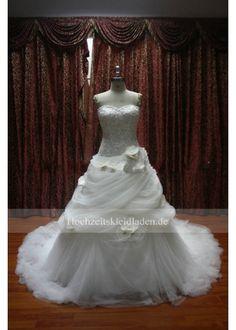 Brautkleid Übergrößen Mermaid Wedding, Wedding Dresses, Fashion, Wedding Dresses Online, Wedding, Bride Dresses, Moda, Bridal Gowns, Fashion Styles