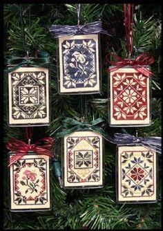 Quaker Christmas Smalls - Cross Stitch Pattern http://www.123stitch.com/cgi-perl/itemdetail.pl?item=08-1075