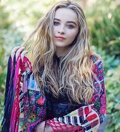 Dove Cameron, Pretty People, Beautiful People, Sabrina Carpenter Style, Selena, Girl Meets World, Celebrity Outfits, Female Singers, Famous Women