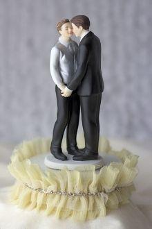 Tulle and Rhinestones Romance Gay Wedding Cake Topper,,, bien  mais  trop  riquiqui,,,,,