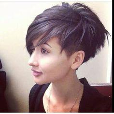 Faux Hawk Frisuren, asymmetrische Frisuren, brave Pixie Frisuren oder Frisuren mit perfekten Locken …. 18 Kurzhaarfrisuren, für jeden etwas dabei … - Seite 17 von 18 - Neue Frisur