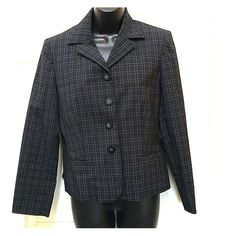Evan Picone petite Jacket Blue pin stripe jacket. This jacket is lined. It has 4 buttons and two pockets. Petite size 10P. Polyester blend. In great condition. Evan Picone Jackets & Coats Blazers
