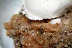 Apple Crisp ----- NO GRAIN, NO SUGAR ----- 6 Medium-sized apples (I used macoun, mac, and empire  Cinnamon  Nutmeg  Ginger  Ground cloves  Arrowroot    Crisp:    1 1/2 cups almond meal  1/4 cup chia seeds  1 cup unsweetened, shredded coconut  1/2 cup coconut oil  2 tbsp raw honey  2 tsp cinnamon  1 tsp nutmeg  1/4 tsp sea salt  1/2 cup raw almonds, chopped  1/4 cup dried apricots, chopped