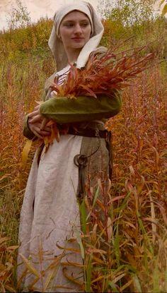 Medieval Costume, Folk Costume, Costumes, Medieval Clothing, Historical Clothing, Tudor Dress, Plantagenet, Viking Age, Cornelius