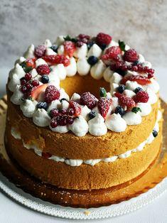 You searched for Fluffosa con camy cream – La Cucina dello Stivale Torta Chiffon, Pandan Chiffon Cake, Sweet Recipes, Cake Recipes, Dessert Recipes, Desserts, American Cake, Angel Cake, Latte