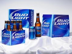 Since the Xmas Bash is tonight, today's Liquid Lunch Drink of the Day is the official beer of the WAPL Xmas Bash: Bud Light. Bud Light Beer, Coors Light, Most Popular Beers, Beer Online, Liquid Lunch, Lager Beer, Best Beer, Craft Beer, Cocktails