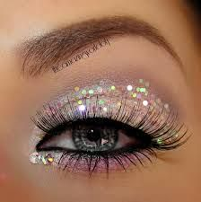 dramatic eyes, perfect for prom!