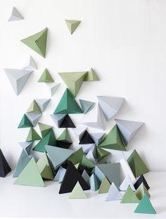 DIY Triangle Backdrop - A Ruffled LifeA Ruffled Life
