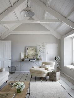 love this seaside coastal vintage loft living room with whitewashed floorbards, vaulted white ceiling and soft grey walls We love seaside interiors Source by. The post We love seaside interiors appeared first on Mack Makeovers. Coastal Bedrooms, Coastal Living Rooms, Coastal Cottage, Living Room Decor, Living Area, Coastal Style, Small Living, Cosy Cottage Living Room, Attic Living Rooms