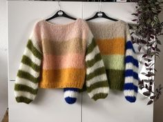 You had me at yarn mohair knitwear label Pull Mohair, Style Boho, Rainbow Sweater, Knitwear Fashion, Mohair Sweater, Pulls, Pretty Outfits, Boho Fashion, Fashion Details