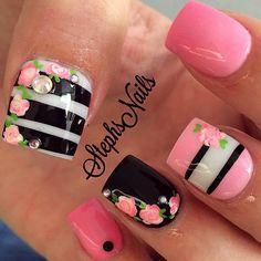 #favforlast#white#barbiepink#babypink#ombre#cute#black#floral#stripes#diamonds#pearls#love#stephsnails#teamsteph#lovethese