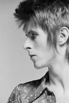 Masayoshi Sukitas first ever photo shoot with David Bowie in England, 1972