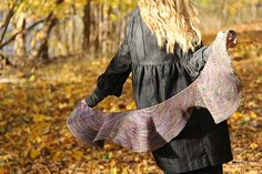 Ravelry: Rondelay pattern by Jennifer Dassau