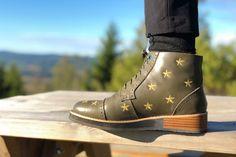 Ankelstøvletter for dame grønn Anklets, Combat Boots, Chelsea, Green, Shoes, Design, Fashion, Moda, Zapatos