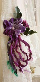 Beautiful velvet flower to make.Directions here.