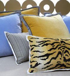 outdoor pillows, perennials