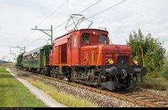 RailPictures.Net Photo: 15301, 13302 OeBB Oensingen-Balsthal-Bahn De 6/6, Be 6/8 III at Eschenbach, Switzerland by Georg Trüb
