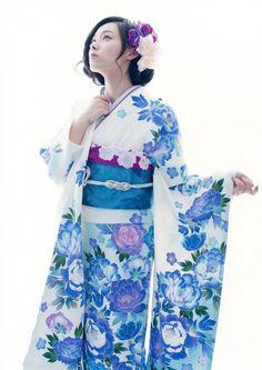声優雑貼り 【画像】寿美菜子さんの着物姿が似合いすぎ。和美人感じの雰囲気も出てますね。