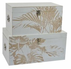 Baul de madera estilo Rústico Painted Wooden Boxes, Wood Boxes, Pretty Storage Boxes, Trunk Makeover, Sorority Crafts, Wooden Jewelry Boxes, Wine Gifts, Diy Projects To Try, Stone Painting
