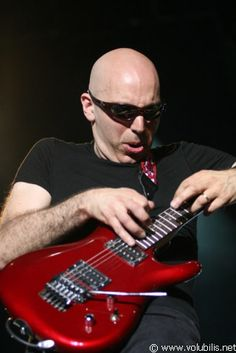 Joe Satriani - Solo Guitar Artist and The Guitar Grandmaster (teacher) of many of today's most talented guitar giants.