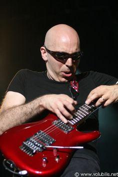 Joe Satriani: Dedication. Devotion. The boy can play.