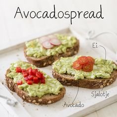 Gezond smullen, want avocado en ei bevatten veel belang aufstrich dessert pflanzen recipes rezept salad salat toast Love Food, A Food, Food And Drink, Avocado Creme, Avocado Butter, Avocado Spread, Happy Foods, Easy Cooking, Food Inspiration