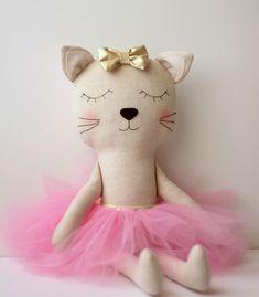 Made+to+Order:+Cat+ballerina+in+a+pink+tutu+and+a+golden+door+blita